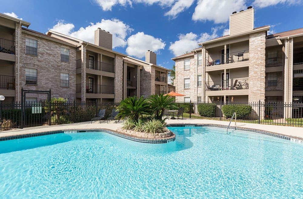 Cinco-Ranch-Apartments